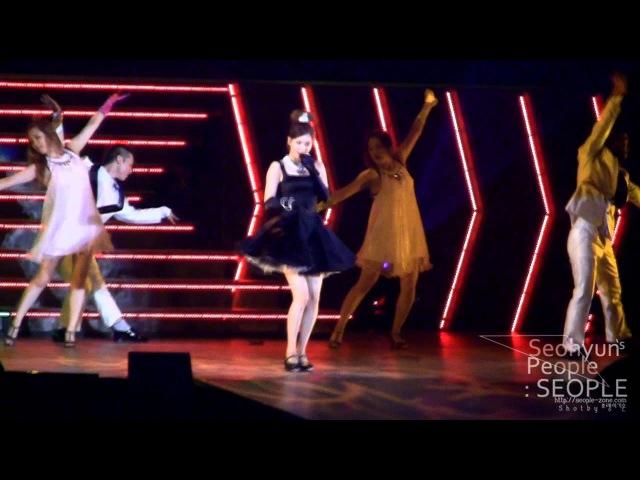 Seohyun - Stuff Like That There [fancam] (2011 Girls' Generation Tour)