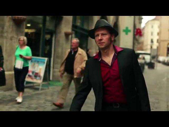 Tango Flashmob - Munich Hofbräuhaus - Quadro Nuevo - La Cumparsita