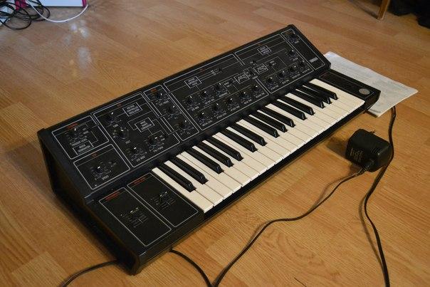 10, аналоговый синтезатор,