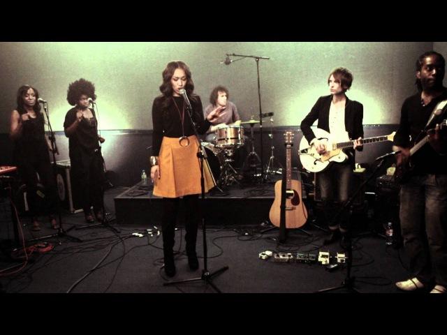 Rebecca Ferguson - Glitter Gold (Live Version)