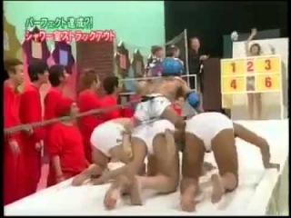 Японское телешоу | Голая японка | Японский юмор | Голая азиатка |
