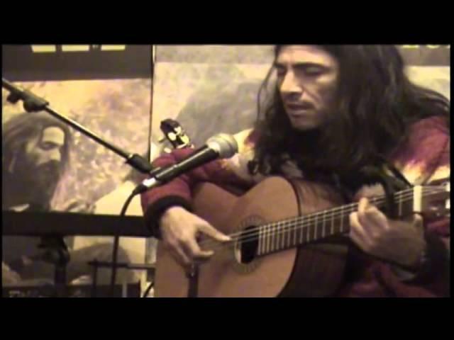 Чилийский музыкант Педро Сааведра - Два голоса