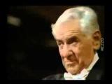 Леонард Бернстайн , дирижирование оркестром только мимикой лица и взглядами