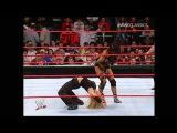 Victoria vs Trish Stratus, 1/2/05