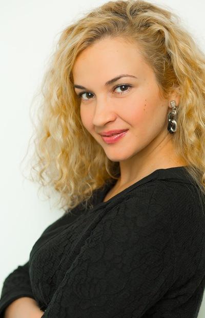 Мария Постоловская
