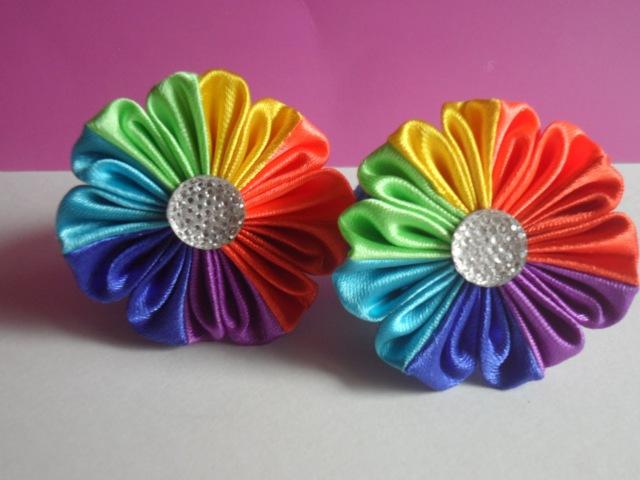 Hand made : Радужный цветок Канзаши