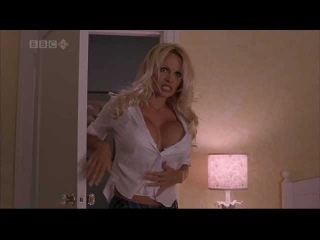 Pamela Anderson and Jenny McCarthy in