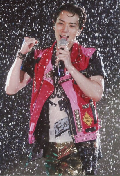 Matsumoto Jun dance in the dark