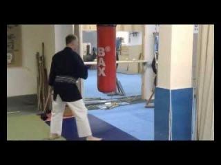 Ударная техника в айкидо, отработка на мешке