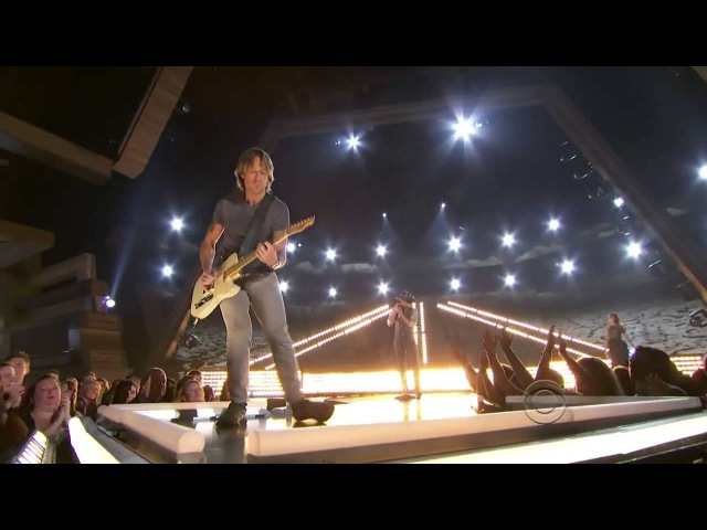Taylor Swift, Tim McGraw and Keith Urban - Highway Don't Care (LIve in Academy of Country Music Awards 2013)