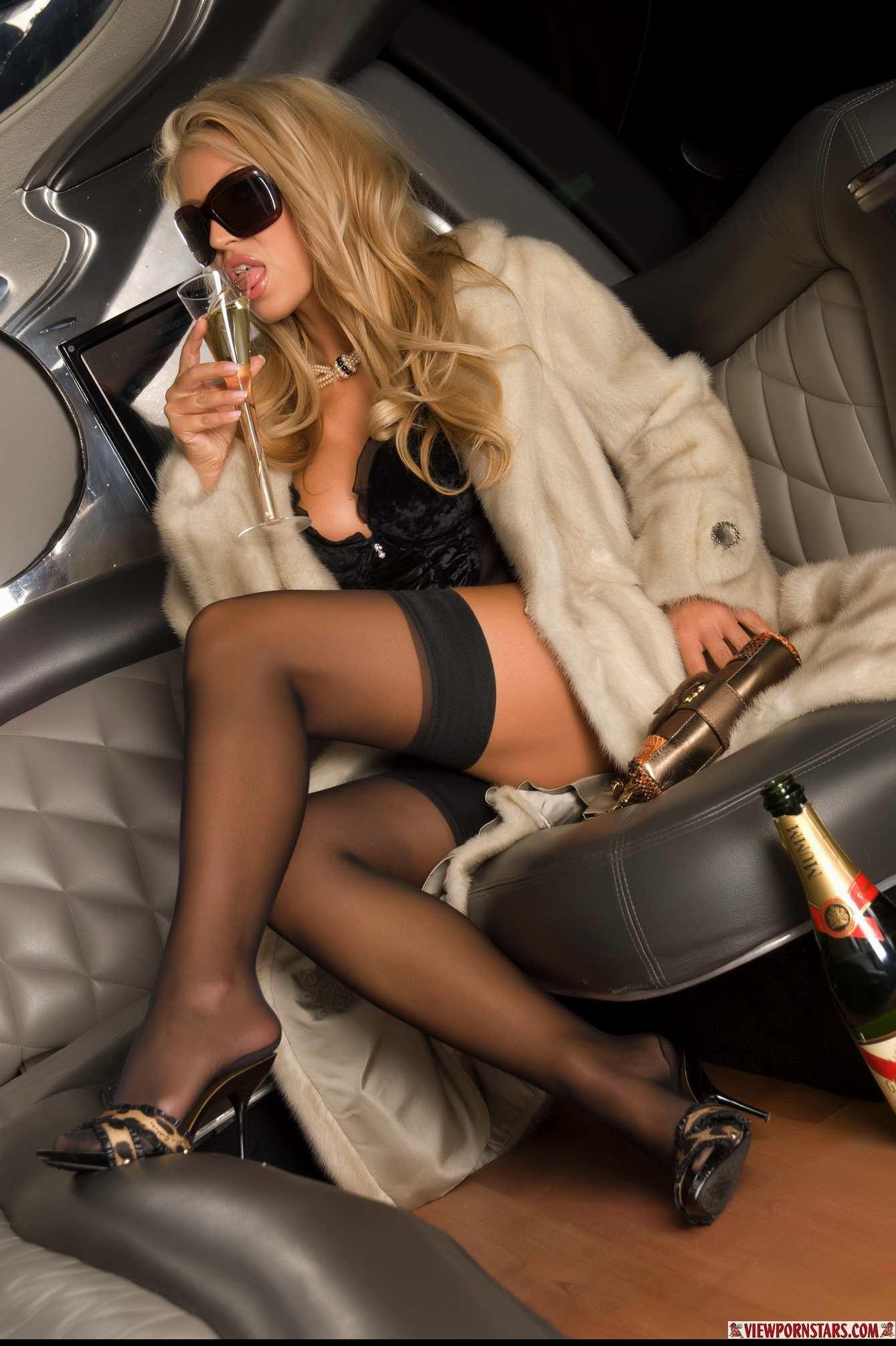 Порно с пьяными девушками и женщинами пьяные секс видео