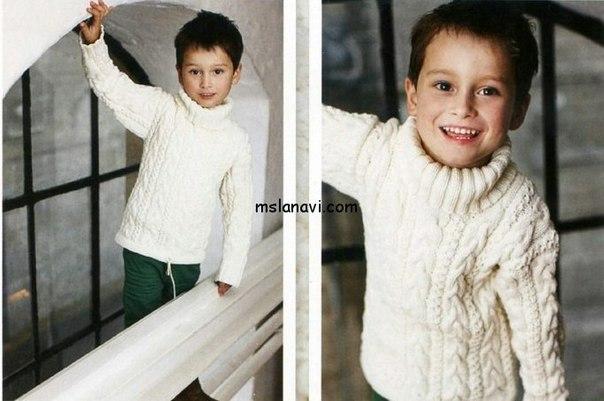 Белый пуловер для мальчика (3 фото) - картинка