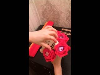 Оригинальный подарок своими руками букет из игрушек и конфет