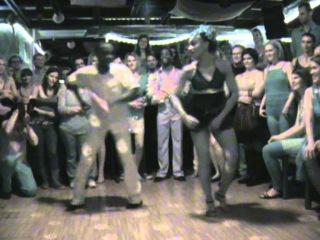 Guaguancó y columbia - rumba, maestros de baile Claudio Pacheco y Yurnia Montes v Praze r.2011