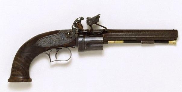 револьвер Николса,