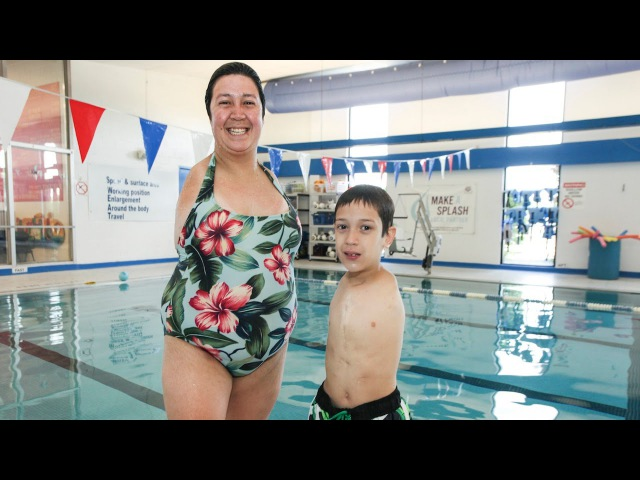 Born Without Arms Inspirational Mother and Son Live Life to The Full