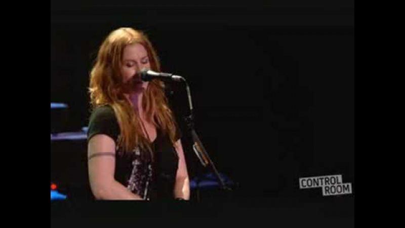 Alanis Morissette - Not As We - live Brixton 2008