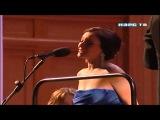 Не оставляйте матерей одних. Юбилейный концерт Евгения Доги 75-я весна романтика в Большом зале Московской консерватории 11 мая 2012 года. https://youtu.be/Z6T33yM9uRM?list=LL86-3CHatz0sYC5kPdZTJCQ