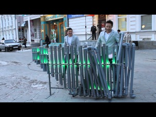 Песня Алекса Клэра на инструменте из труб ПВХ