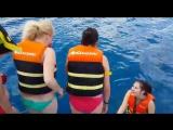 иссык-куль)прыжок с теплохода на глубину 500 метров!)я не умею плавать+очень холодная вода))