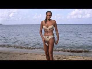 Ursula Andress Dr No 1962] Beach Scene