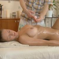 эротический массаж, переходящий в секс