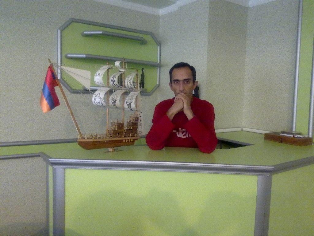 Petya Akopiyan, Yerevan - photo №1