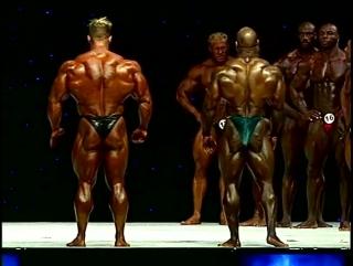 Jay CUtler vs Dexter Jackson - Mr. Olympia 2009 ( Vk.com/Cutler_J)