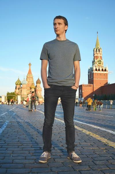 Владислав Тихонов