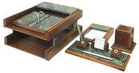 Настольный деревянный набор из 5 предметов milan (орех/зелёный мрамор), BeStar