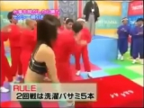 Очень странная японская игра - Japanese nipple pinching game