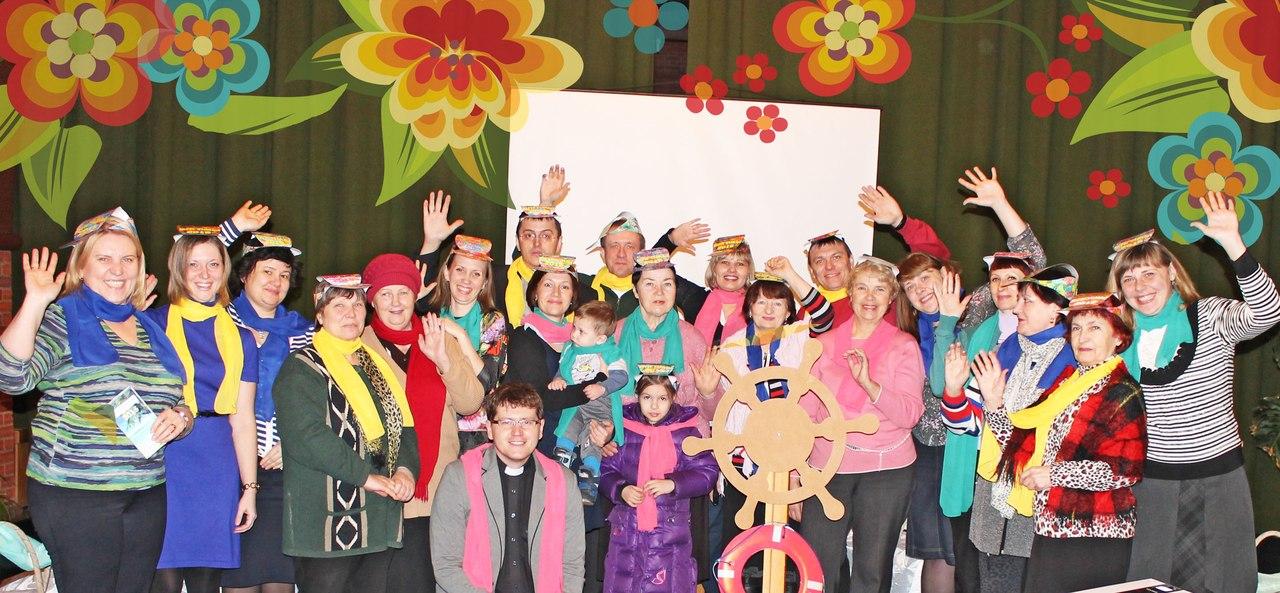 Участники богослужения ВДМ-2015, г.Омск