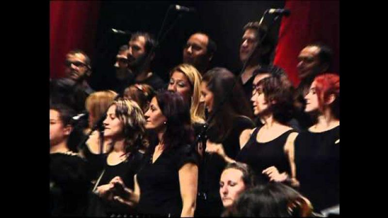 Grup YORUM 25. Yıl Konseri - HALAY POTPURİ - YouTube