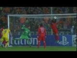 DAVID LUIZ! Superb goal-line clearance. Saves the day