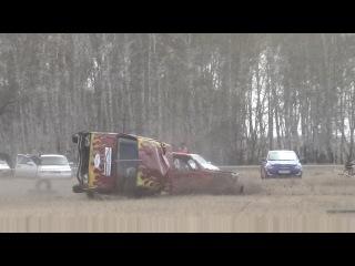 Две эпичные аварии Челябинские гонщики  в Шумихе (ГОНКИ НА ВЫЖИВАНИЕ)