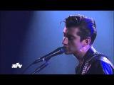 Arctic Monkeys - Do I Wanna Know Live @ JBTV