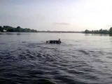 УАЗ нырнул на 4 метра в Десну Оффроад 4x4 offroad water river
