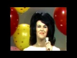 Wanda Jackson ~ Let's Have a Party