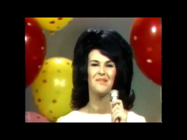Wanda Jackson ~ Lets Have a Party