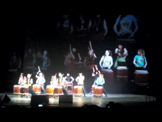 Taiko- барабанщики из Японии на Хинодэ