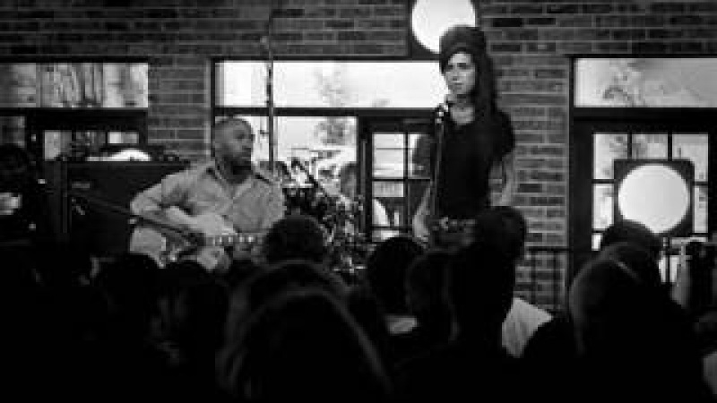 Amy Winehouse - Back to Black (Live Acoustic - SXSW)