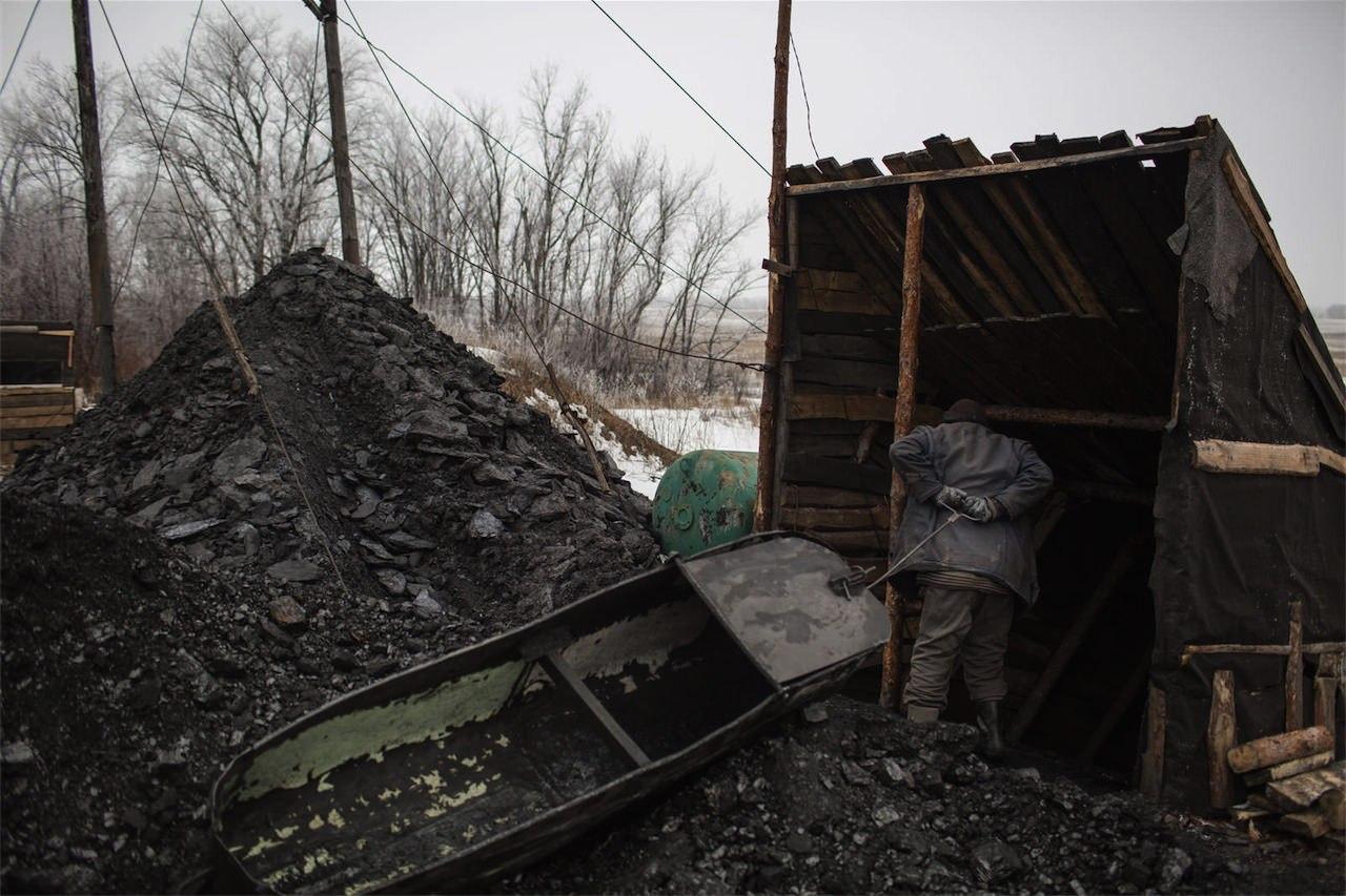 Незаконная добыча угля в копанке