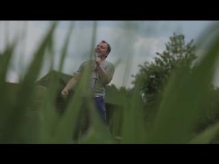 Ярослав Сумишевский - Не гаснет свет - Жанне Фриске посвящается... (Queen - Show Must Go On)