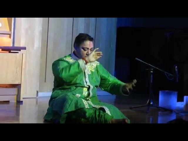 Ашвани Нигам Мимика индийского танца