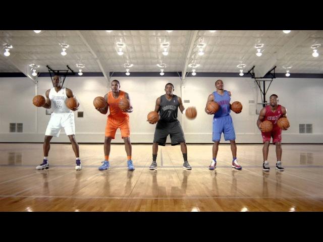 Баскетболісти НБА з США мячами виконують український Щедрик НБА Щедрик NBA Basketball Баскетбол Україна США UA USA SV_Sport