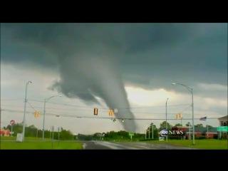 Шокирующее Видео Торнадо F5 в США апрель 2011