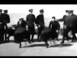 Танцует НКВД Run DMC Its Like That