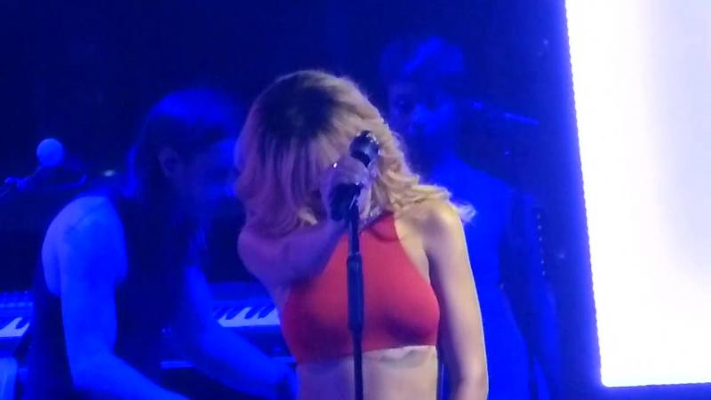 «Loveeeeeee Song» - Манчестер, Великобритания; 13 июня 2013