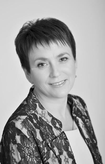 Нина Ефимова