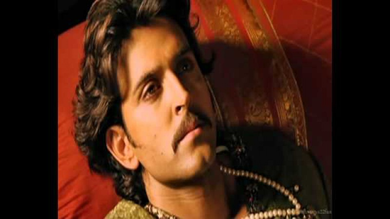 Hrithik Roshan - Here Comes The King